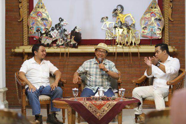 Dihadapan Millenial, Bupati Rijanto Berbagi Tips Sukses Majukan Daerah
