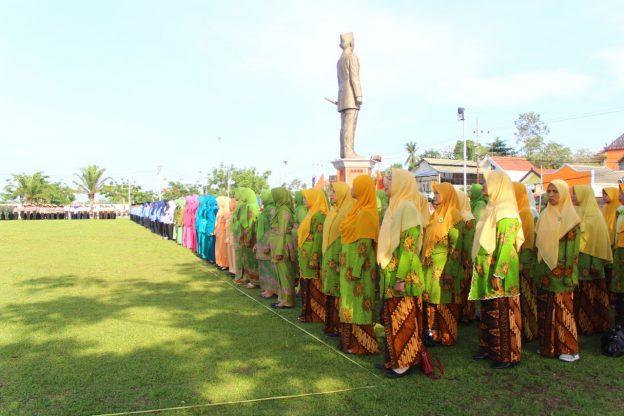 Bupati Blitar Pimpin Apel Hari Bela Negara dan Hari Ibu di Kanigoro