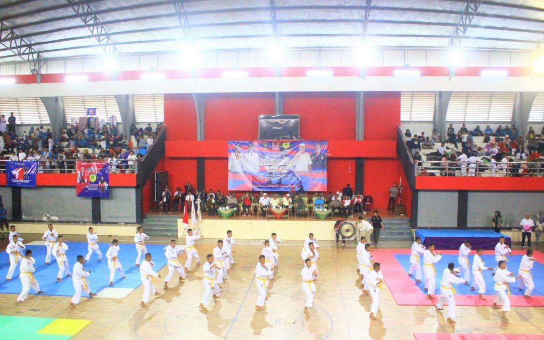 Bupati Blitar Pimpin Upacara Pembukaan Kejuaraan Karate Terbuka Bupati Blitar Cup ke Lima